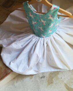 Robe licornes T.5/6 ans