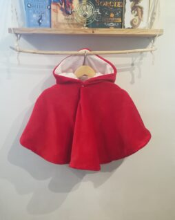 Poncho Chaperon rouge T. 0/4 ans